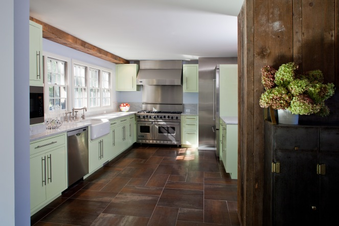 Laquered cabinets remind one of mint-chip ice-cream